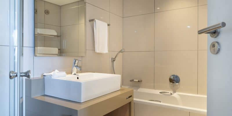 bathroom that one can use a portable bidet in